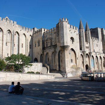 Städte und Kultur - Papstpalast Avignon - Reiseleiter Provence